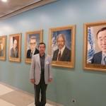 国連本部ロビー歴代議長肖像画展示